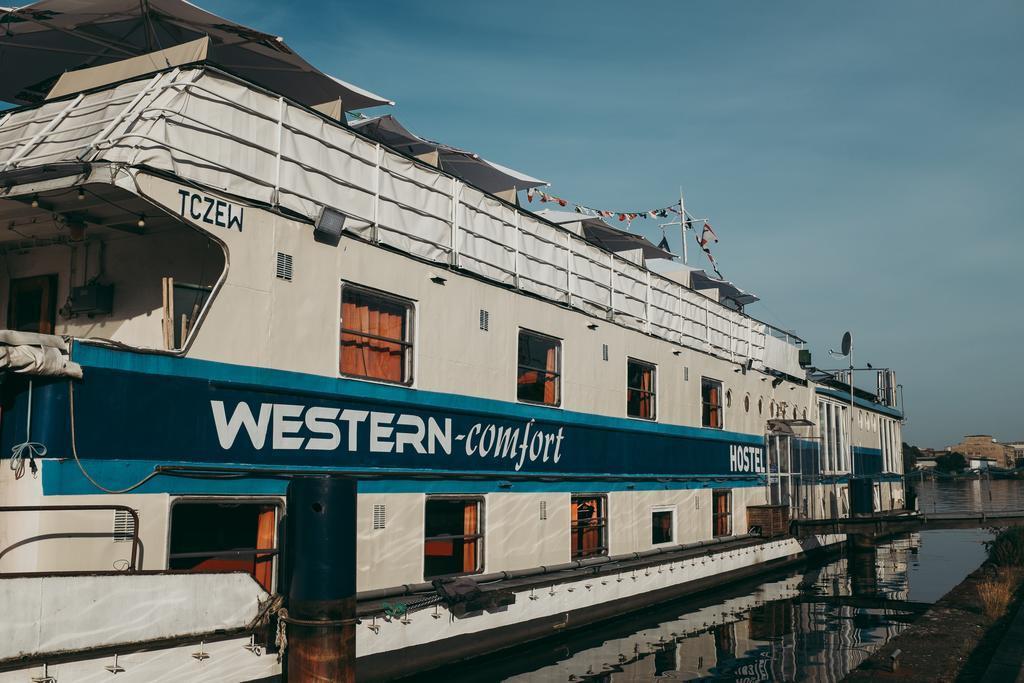 Western Comfort Hostelboats Berlim
