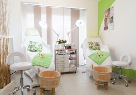 Waxing & Kosmetik Institut