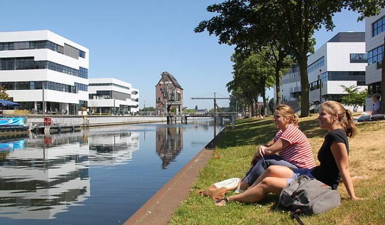Hochschule Rhein-Waal - University of Applied Sciences