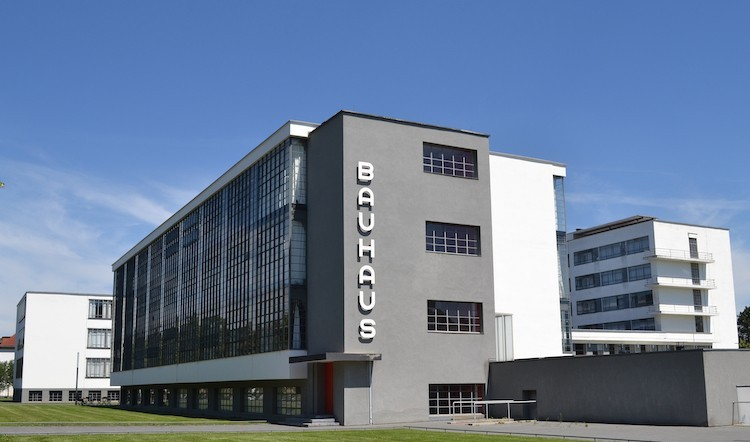 escola-de-arte-bauhaus-e-universidade-bauhaus-weimar