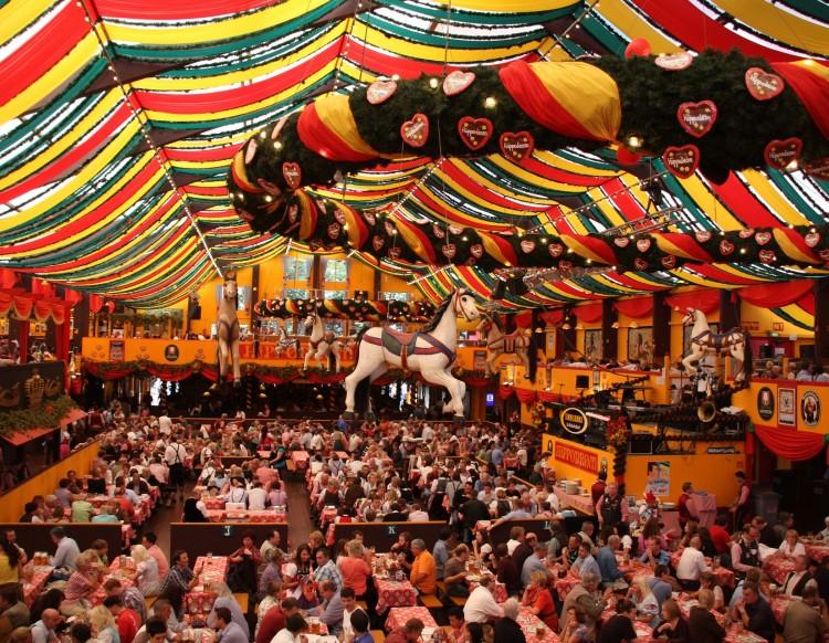 Oktoberfest: Um guia essencial para as tendas